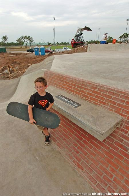 Team Pain builds a skatepark in Englewood Florida