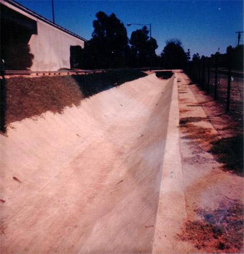 Santa Ana Flower Street Ditch