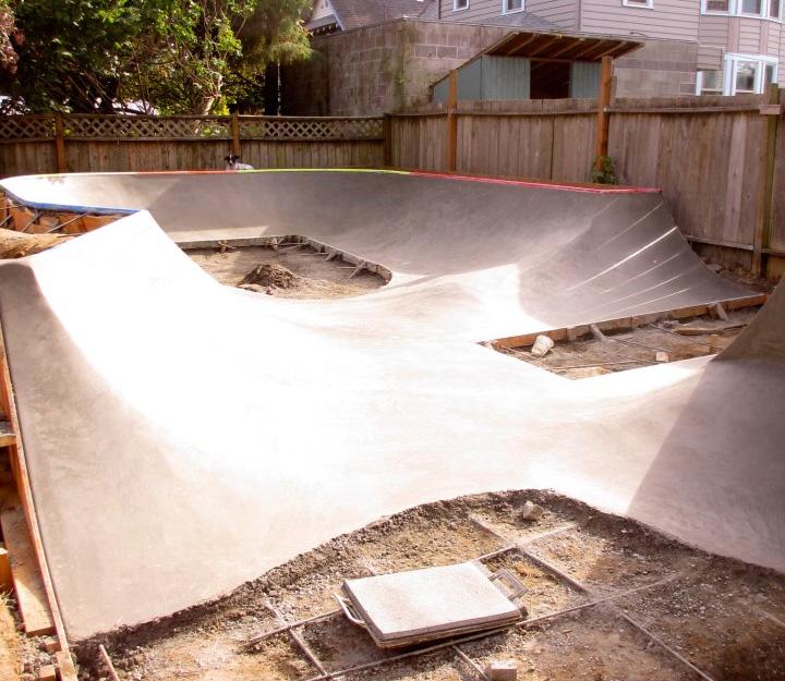 Backyard Skatepark Ideas :  skate spot in their backyard with help from Evergreen Skateparks , as